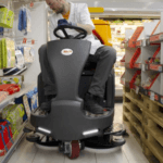 GB 145 - Small Supermarket Aisle